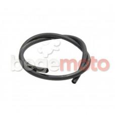 Топливный шланг 5х8х500мм силиконовый (черный)